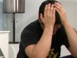 Vidéo porno mobile : Il l'a faite cocue, elle se venge avec un black